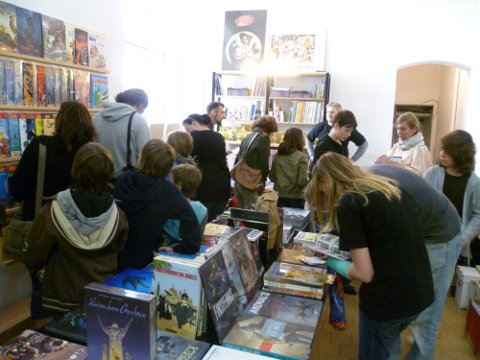 GCT 2011 - Comicfans im Laden